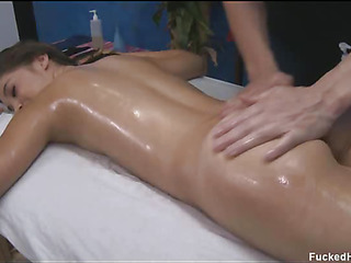 These 3 girls fucked hard by their massage psychiatrist surcease possessions a soothing rubdown