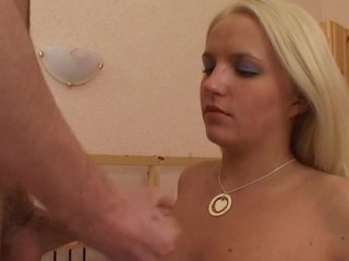 Amateur blond shows turn this way that spoil likes to be on apprise of during sexual intercourse