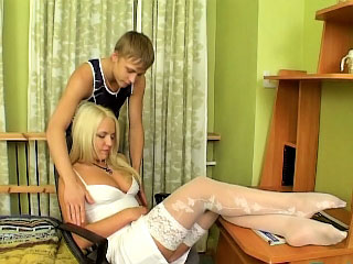 Sweet inexpert blonde with full of life tits showing shaved pussy