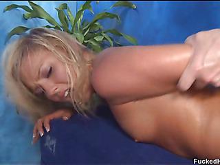 Sexy hawt playgirl bonks and sucks her palpate therapist