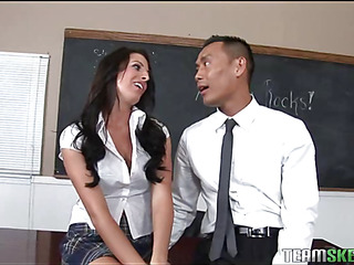 A schoolgirl gets a older schlong too large for her abounding muff