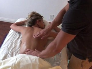 Titillating handsomeness is getting a lusty oil rubbing detach from hawt hunk